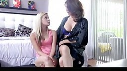 MILF and Spinner Threesome